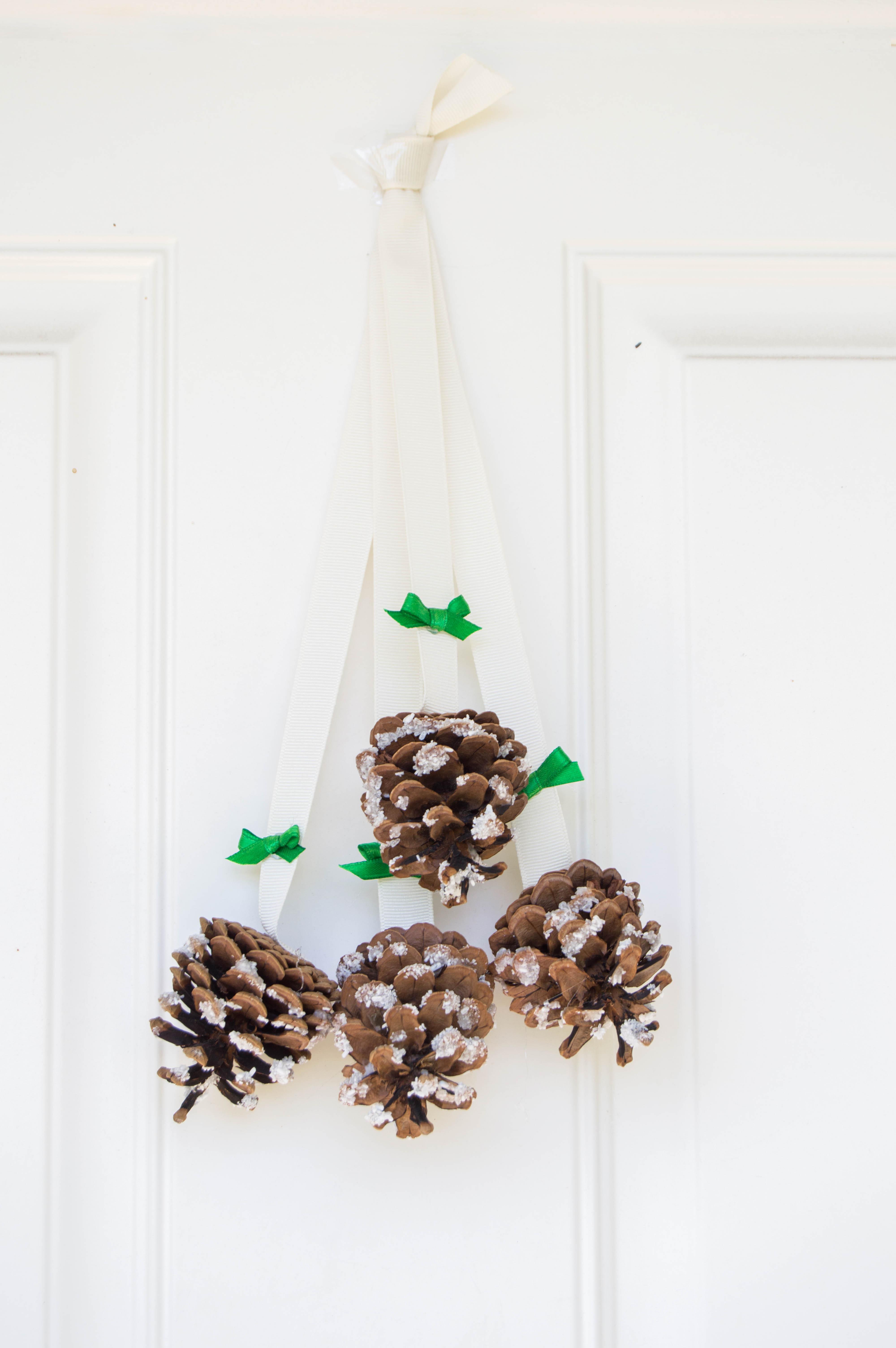 Snowy Pinecone Door Hanger   Homan at Home