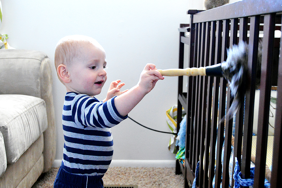 5 Ways Toddlers Can Help Around the House |Homan at Home