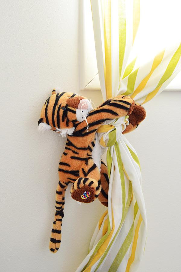 Animal Curtain Tie-Backs | Homan at Home