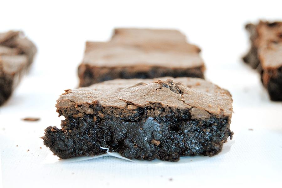 Dark Chocolate Brownies Wide 1