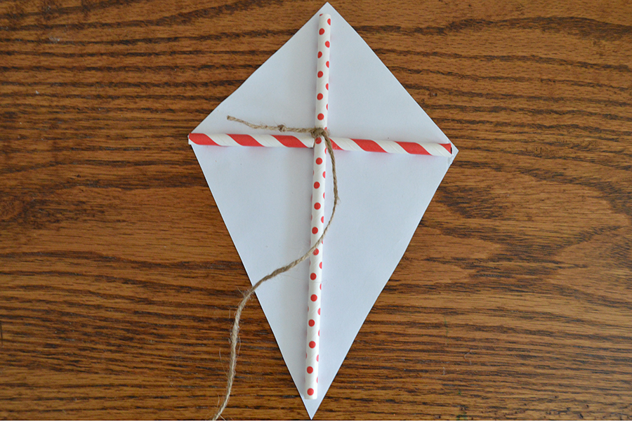 Color Your Own Paper Kite | Homan at Home