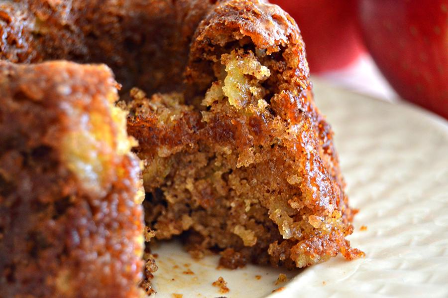 Apple Walnut Spice Cake | Homan at Home