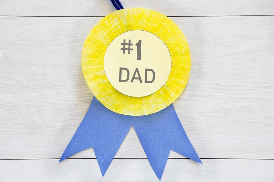 #1 Dad Medal