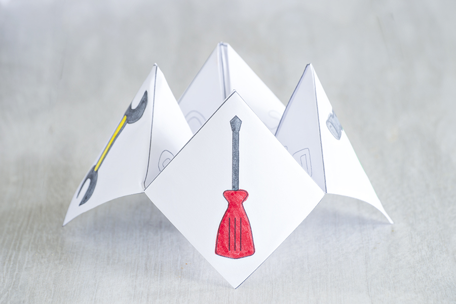 Fathers Day Cootie Catcher | Homan at Home