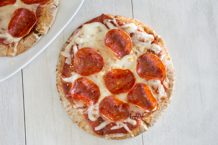 Pepperoni Pita Pizzas | Homan at Home