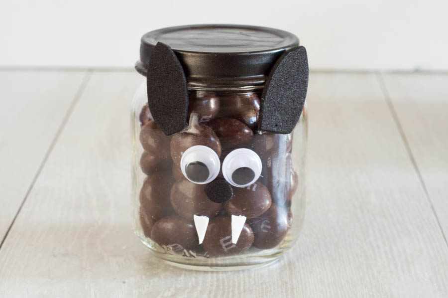 Halloween Candy Jars | Homan at Home