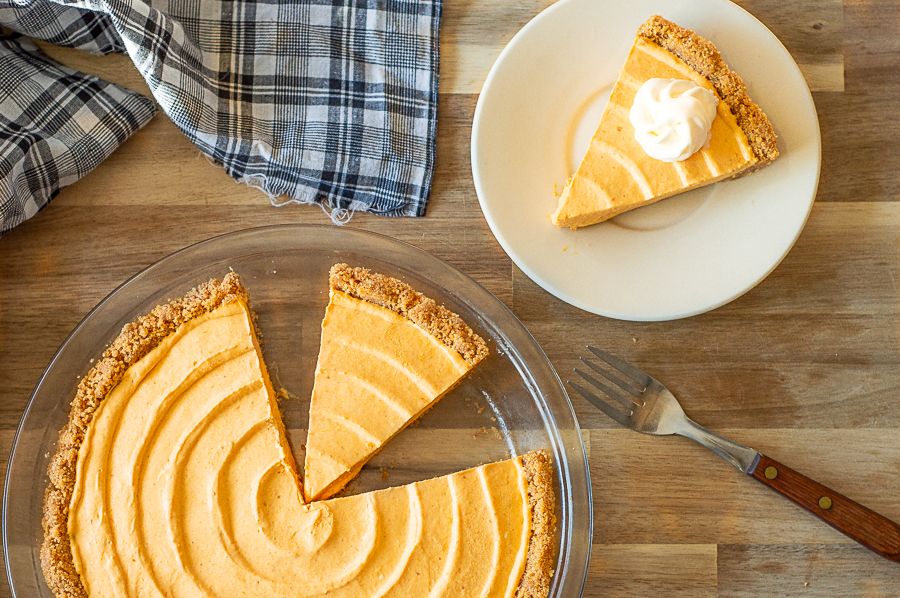 No Bake Pumpkin Silk Pie | Homan at Home